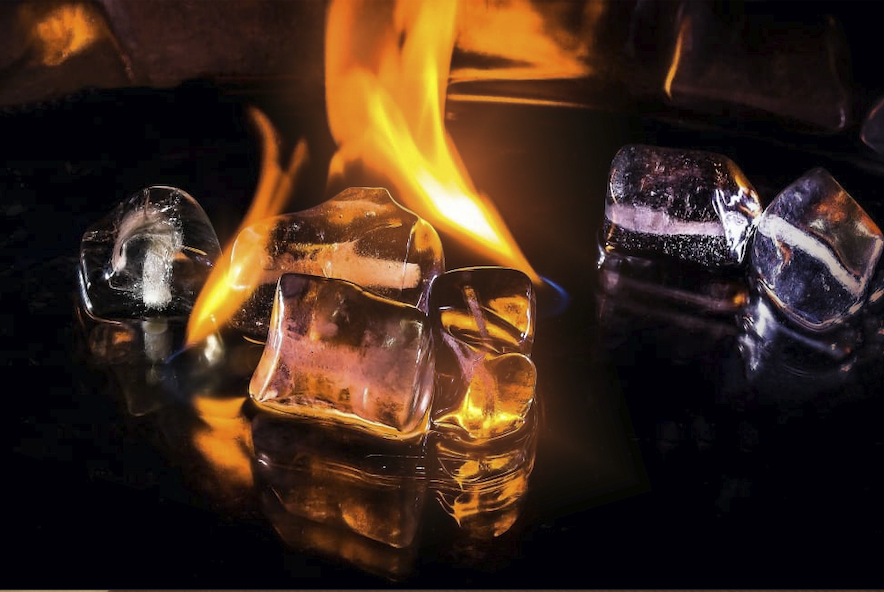آزمایش جذاب آتش زدن یخ